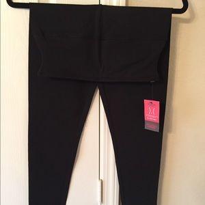 Yummie Black Cotton Legging: Medium. New With Tag!
